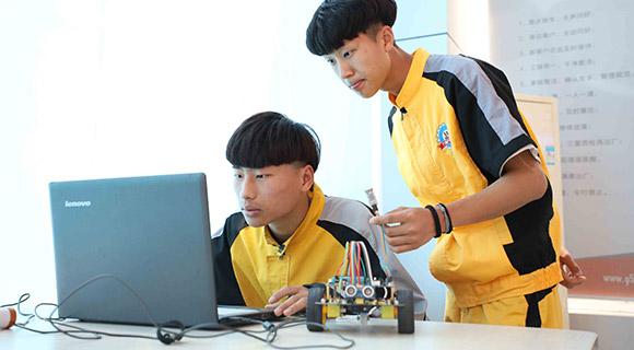 long8龙8国际首页智能网联技术工程师-甘肃万通long8龙8国际首页学校